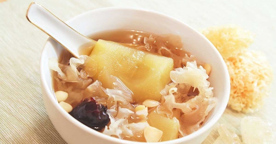 Snow fungus Tramella Beauty Soup